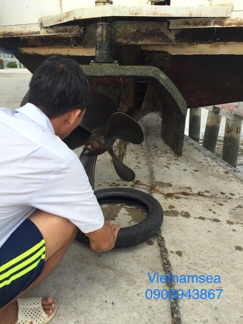 Sửa chữa lớn cano của Cảng vụ Hàng hải Thành phố Hồ chí minh