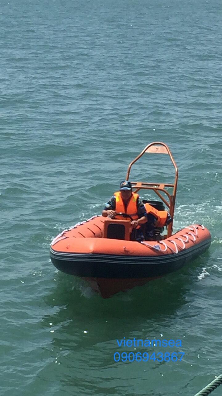 Cung cấp một vỏ xuồng công tác cho tàu CSB 4034 Cho nhà bè, Thành Phố Hồ Chí Minh