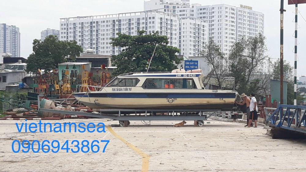 Sửa chữa cano-năm 2020 cho Trung Tâm Quản Lý Đường Thủy ở TP. Hồ Chí Minh