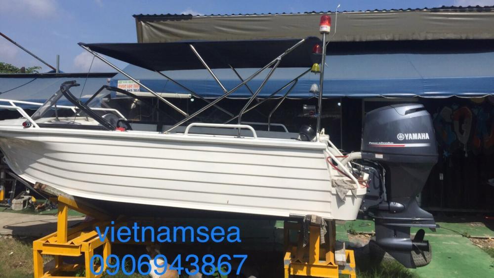 Bảo dưỡng vỏ cano CA60-0012 và CA60-53-010 thuộc phòng PC08 cho Công An Tỉnh Đông Nai