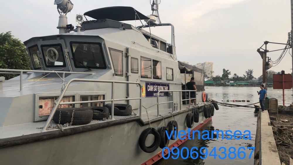 Bảo dưỡng sửa chữa tàu CA-0168 1300CV của Phòng Cảnh Sát Đường Thủy Công An Thành Phố Hồ Chí Minh